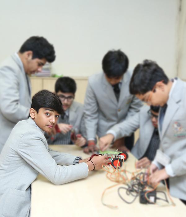 Engineering Club || Lotus Valley International, Gurgaon